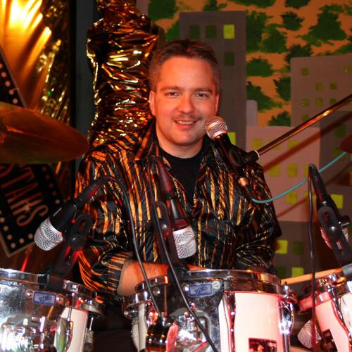Armin am Schlagzeug